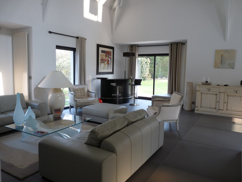 Location maison / villa Saint-nom-la-bretèche 3990€ CC - Photo 12