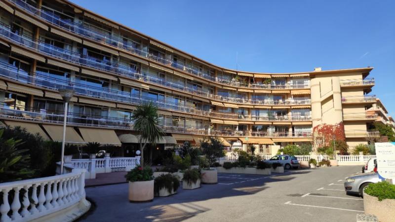 Rental apartment Saint laurent du var 790€ CC - Picture 9