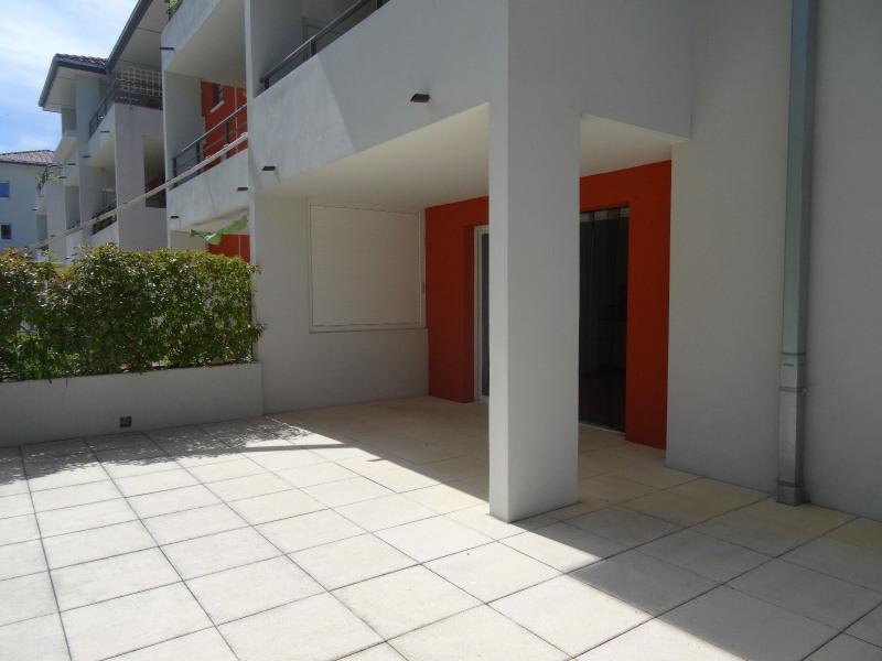 Location appartement Bossey 1100€ CC - Photo 2