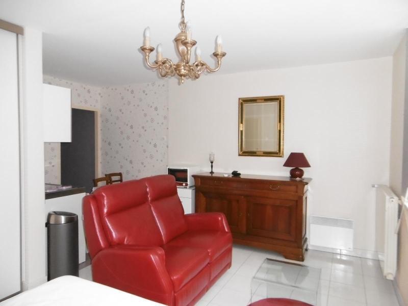 Sale apartment Vichy 68500€ - Picture 2