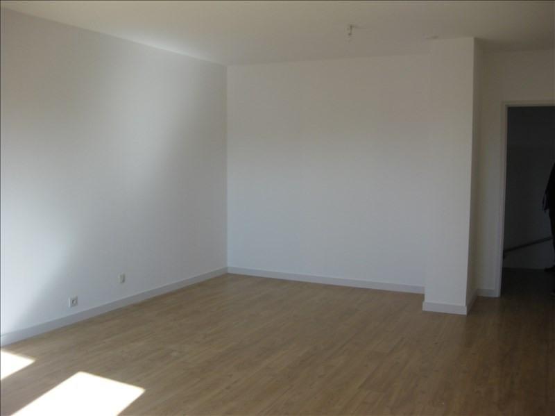 Location appartement 29350 466€ CC - Photo 4