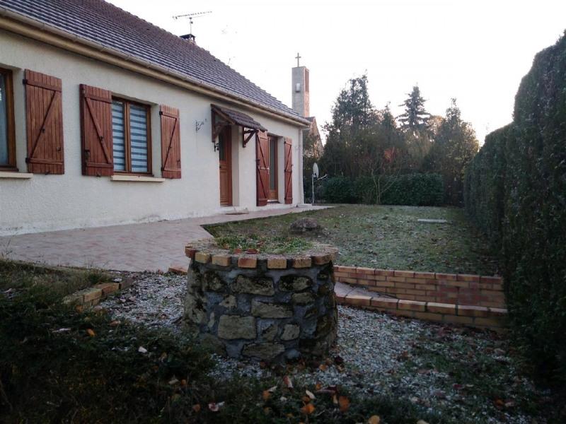 Sale house / villa Bernes sur oise 299250€ - Picture 1