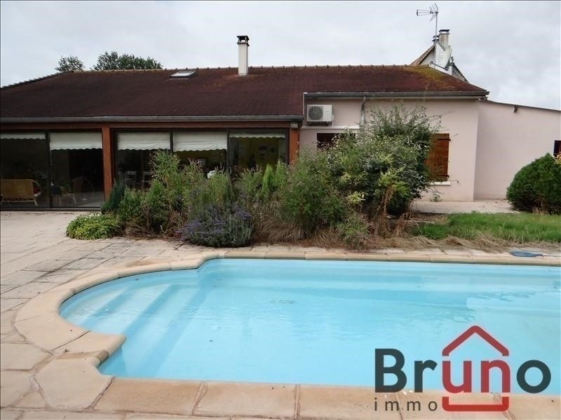 Deluxe sale house / villa Rue 995 000€ - Picture 1