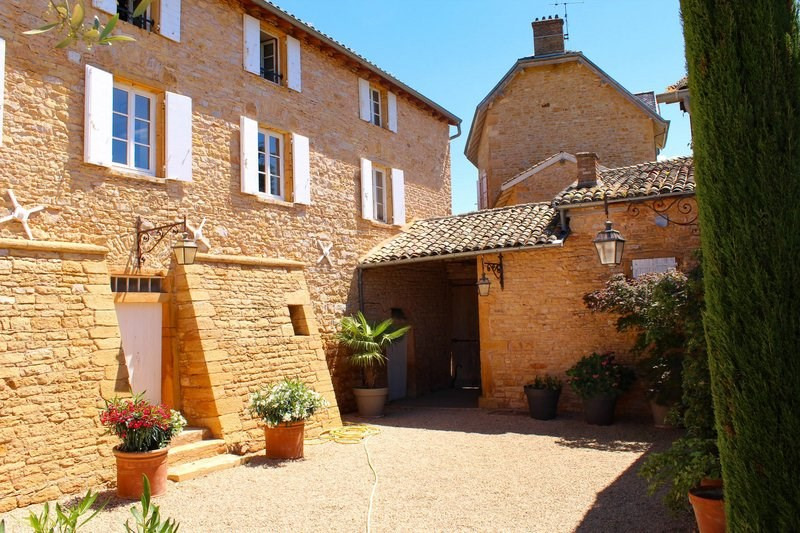 Deluxe sale house / villa Cogny 740000€ - Picture 2