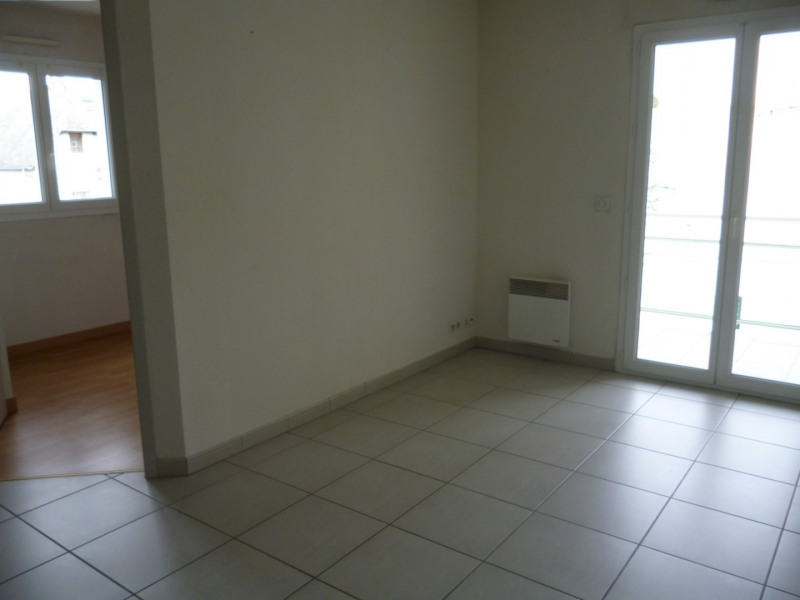 Rental apartment Tarbes 376€ CC - Picture 5