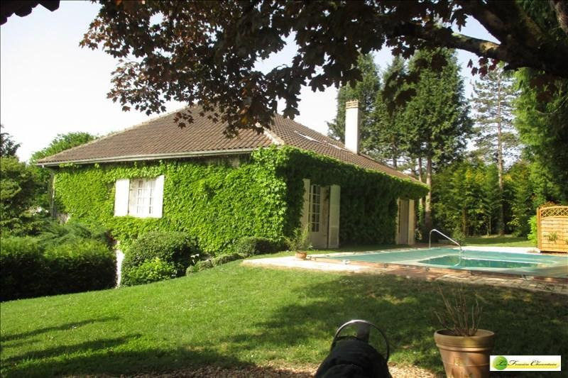 Sale house / villa Mouthiers sur boeme 280 000€ - Picture 1