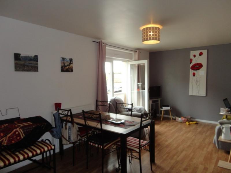 Rental apartment St vaast les mello 655€ CC - Picture 3
