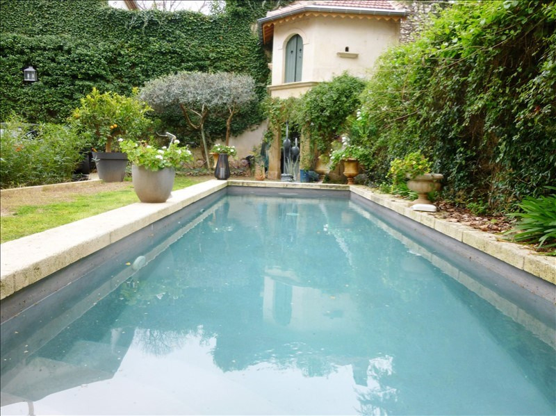 Deluxe sale house / villa Nimes 1 350 000€ - Picture 1