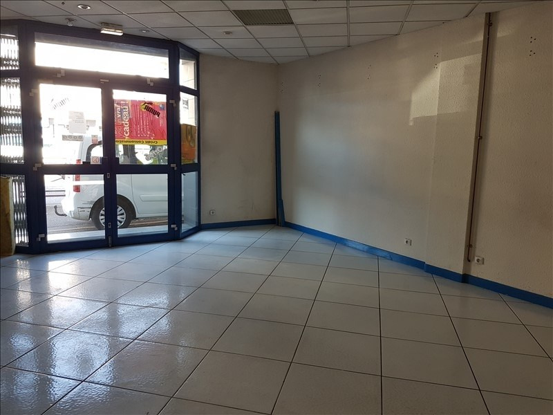 Vente local commercial Bourgoin jallieu 116 000€ - Photo 2