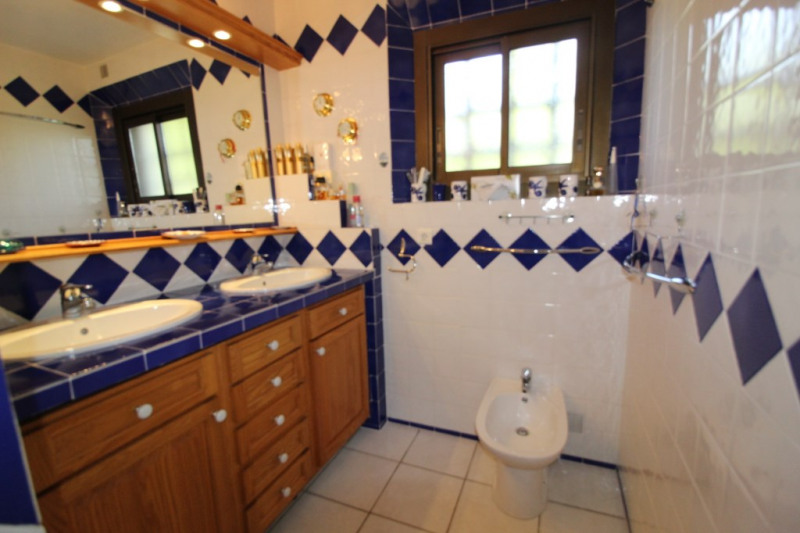 Immobile residenziali di prestigio casa La crau 599000€ - Fotografia 12