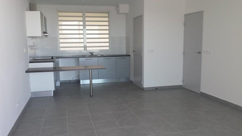 Location appartement St denis 760€ CC - Photo 4