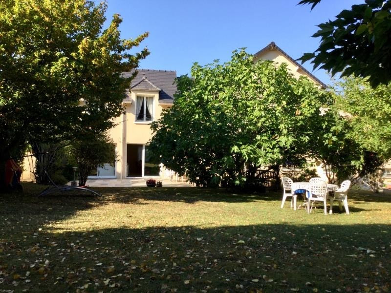 Sale house / villa Limours 630 000€ - Picture 1