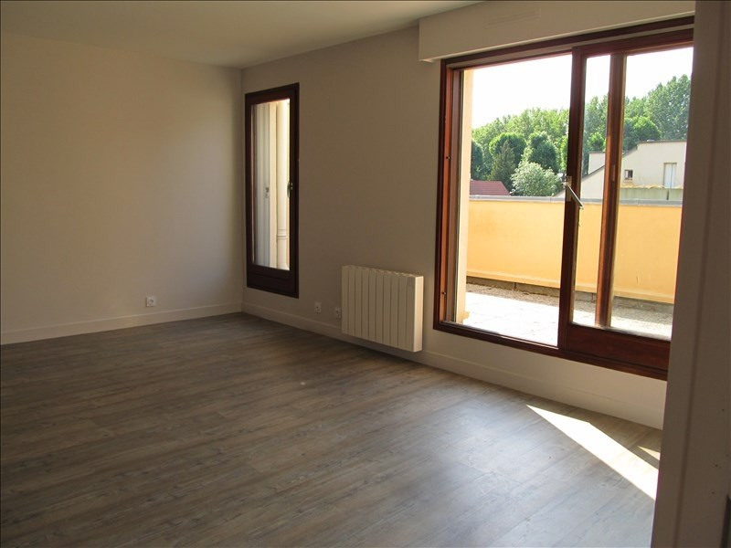 Location appartement Evreux 700€ CC - Photo 2