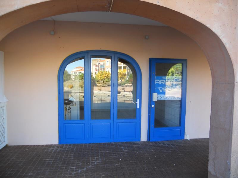 Vente fonds de commerce boutique Les sables d'olonne 75 000€ - Photo 1