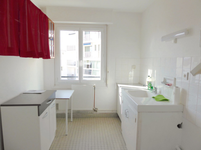 Sale apartment Saint-jean-de-luz 291500€ - Picture 3