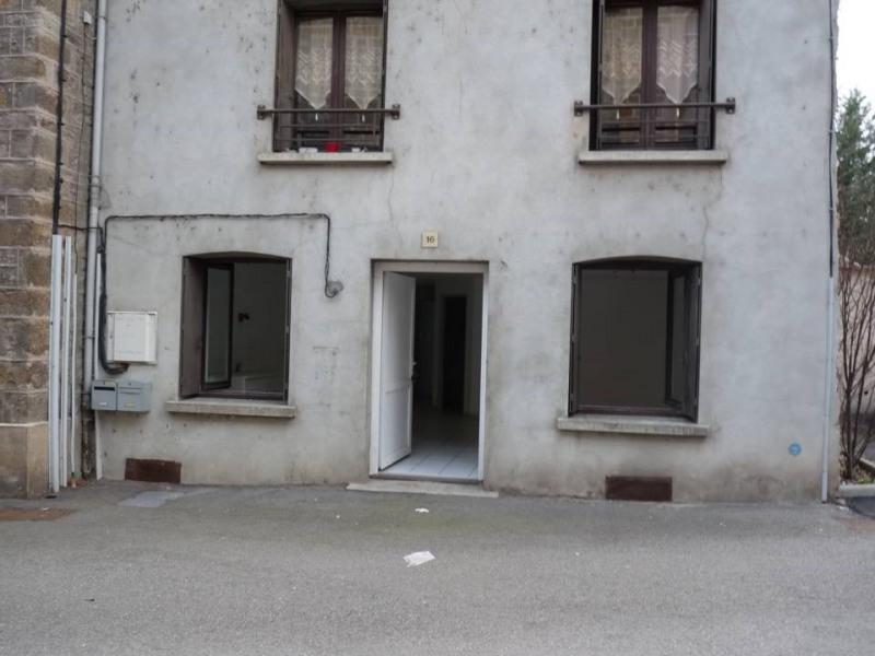 Locação apartamento Bas-en-basset 360€ CC - Fotografia 1