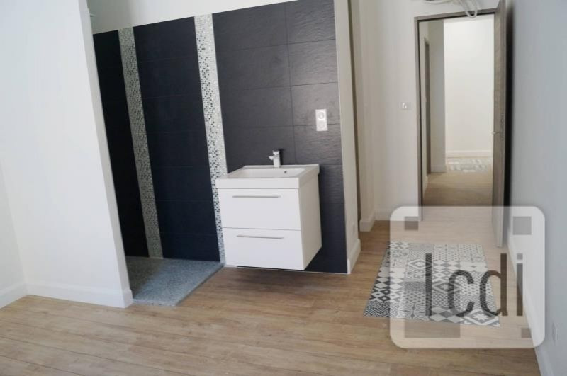Vente appartement Montélimar 299 000€ - Photo 2
