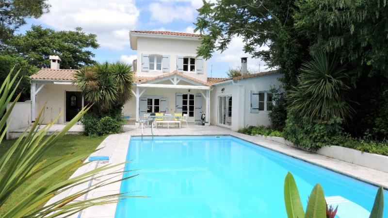 Deluxe sale house / villa Vaux sur mer 795000€ - Picture 1