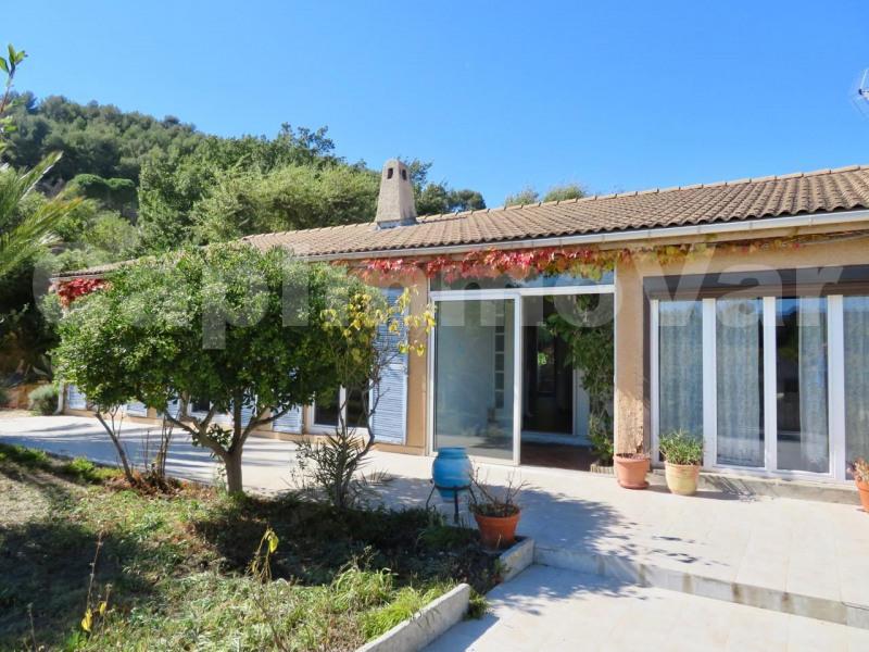 Sale house / villa Le beausset 420000€ - Picture 4