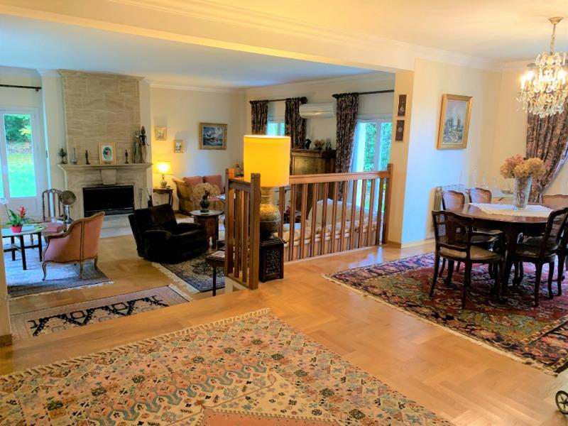 Sale house / villa Villennes sur seine 934500€ - Picture 2