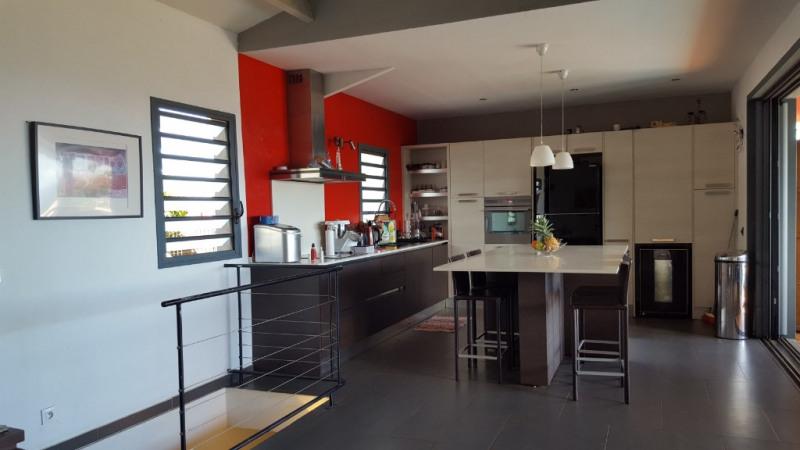 Deluxe sale house / villa Le piton saint leu 598000€ - Picture 1