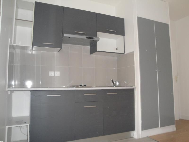 Sale apartment Colombes 140000€ - Picture 3