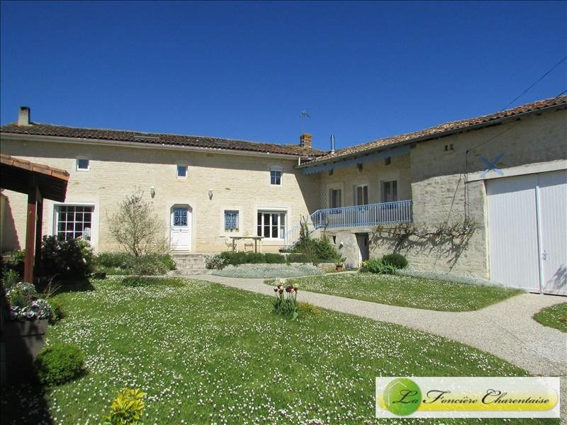 Sale house / villa Villefagnan 328 000€ - Picture 2