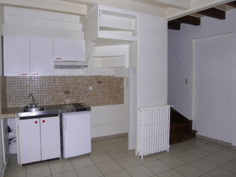 Location maison / villa Cognac 320€ CC - Photo 2
