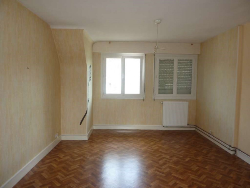 Location appartement Pontivy 373€ CC - Photo 1