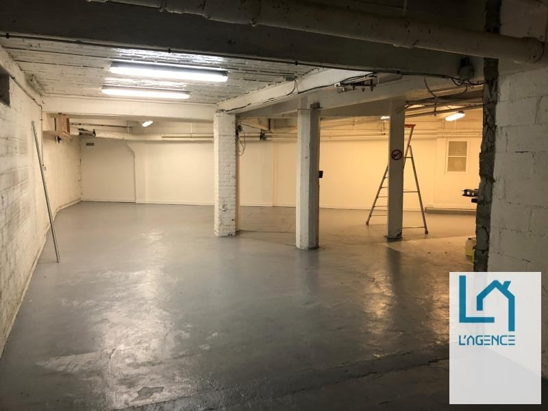 Location local commercial Paris 15ème 3 520€ HT/HC - Photo 10