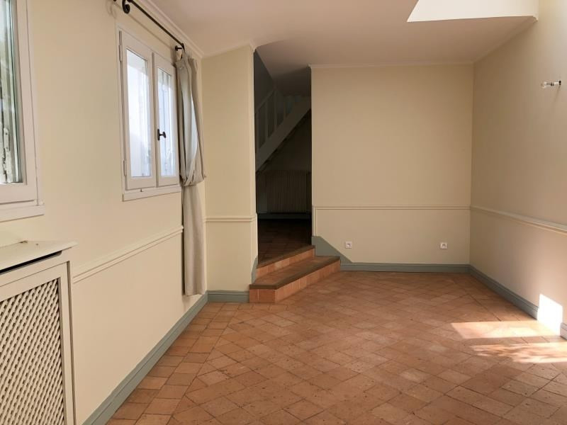 Location maison / villa Chambourcy 3 000€ CC - Photo 4