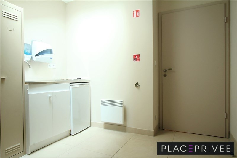 Location local commercial Nancy 1 359€ HT/HC - Photo 8