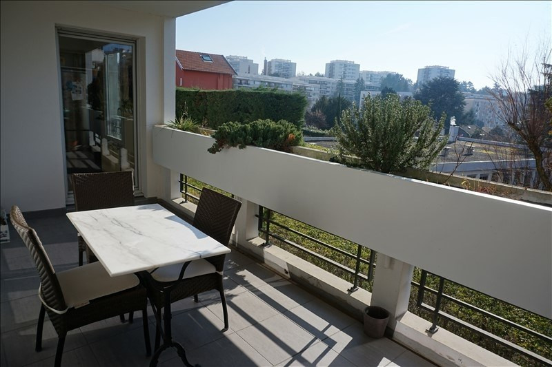 Sale apartment Ste foy les lyon 420 000€ - Picture 1
