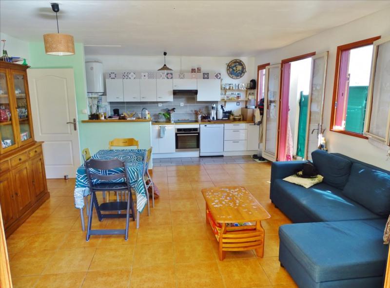 Location appartement Saint denis 950€ CC - Photo 1
