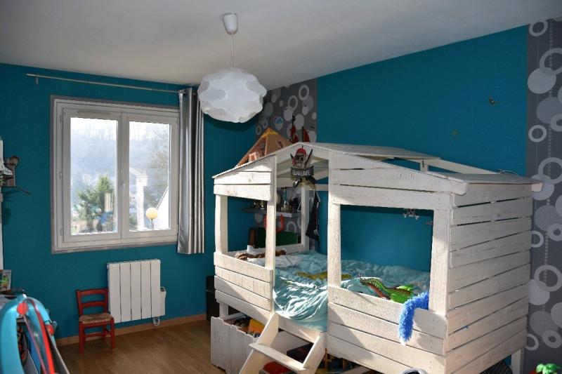 Sale house / villa Neuilly en thelle 265000€ - Picture 4