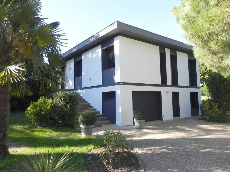 Sale house / villa Agen 480000€ - Picture 1