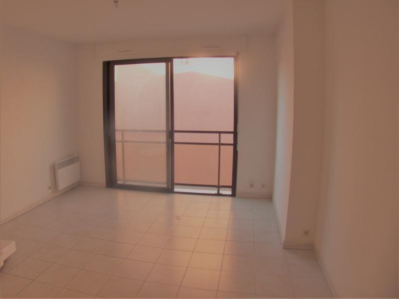 Sale apartment Sanary sur mer 221000€ - Picture 4