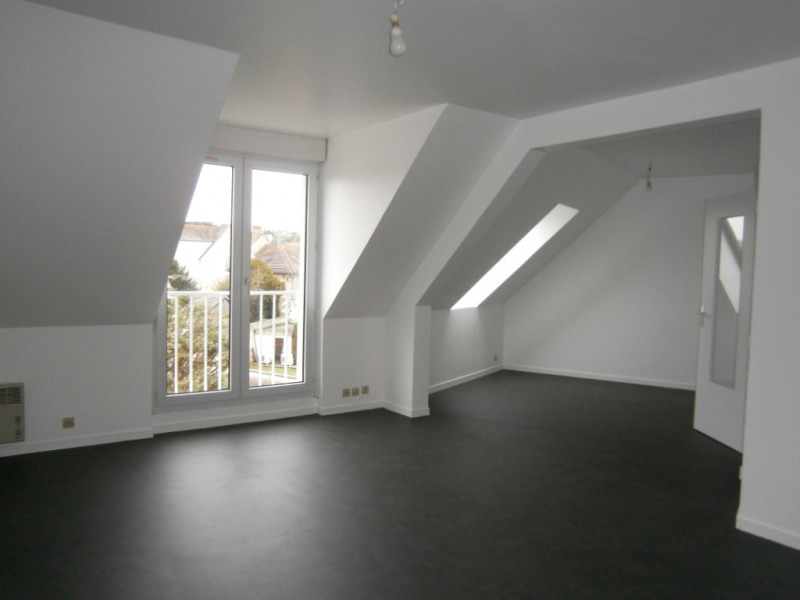 Sale apartment Saint arnoult en yvelines 105 000€ - Picture 1