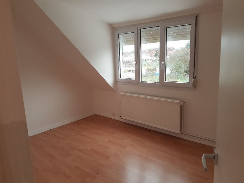 Location maison / villa Caudry 673€ CC - Photo 7