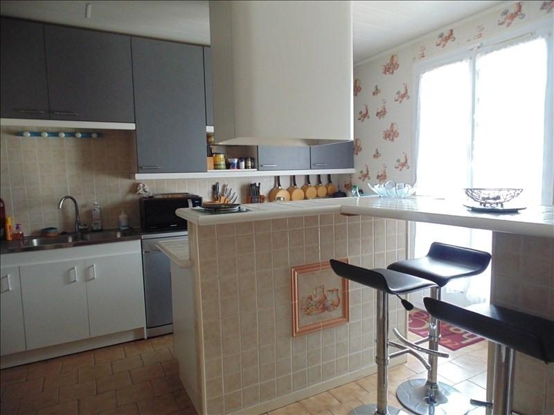 Sale house / villa Vaux le penil 284500€ - Picture 3