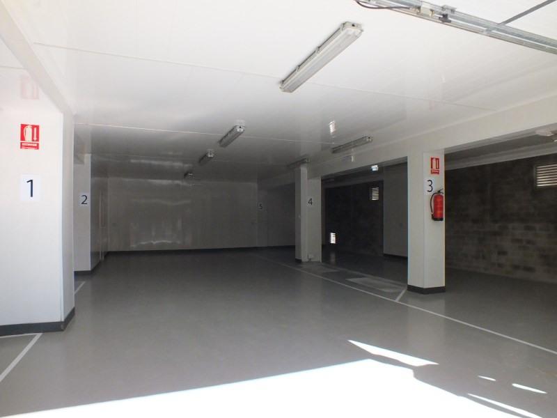 Sale parking spaces Roses-santa margarita 230000€ - Picture 3
