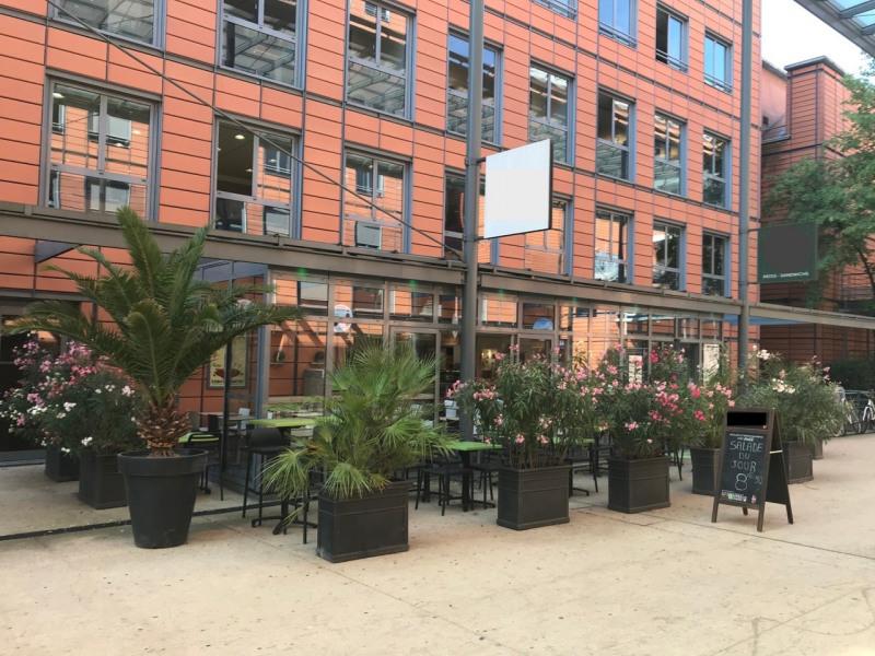 Commercial property sale shop Lyon 6ème 425000€ - Picture 1