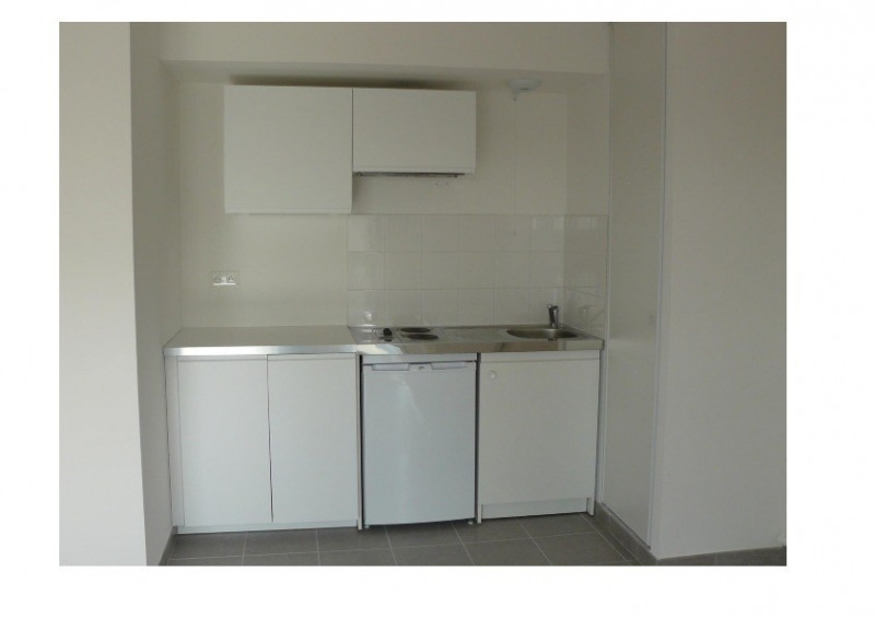 Rental apartment Bouaye 520€ CC - Picture 2