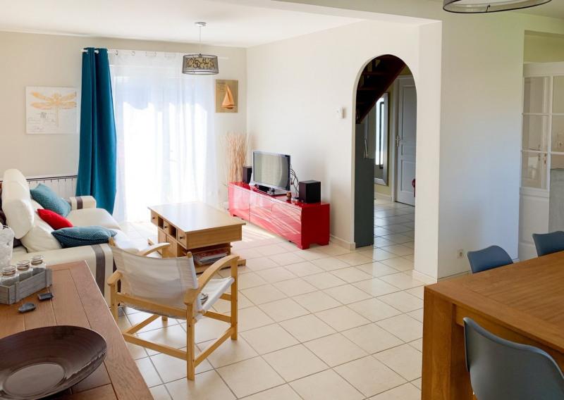 Sale house / villa Soliers 245000€ - Picture 1