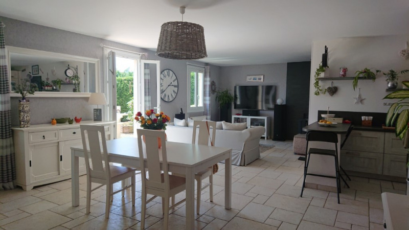 Sale house / villa Auneau 275 600€ - Picture 2