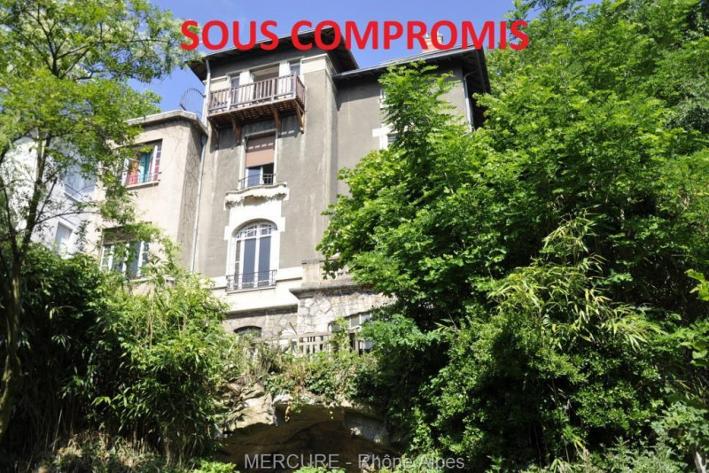LYON - NICE HOUSE 264 m² - 6 BEDROOMS - BEAUTIFUL VIEW- GARAGES