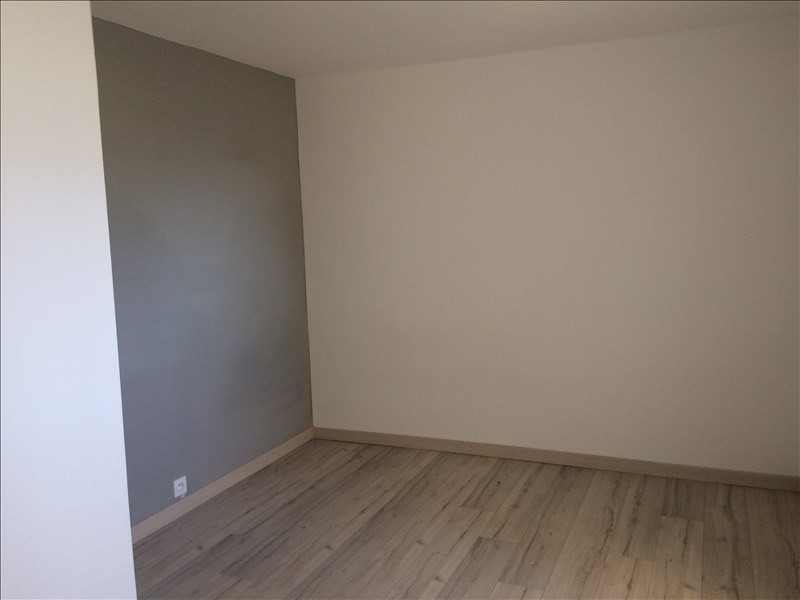 Location appartement La roche sur foron 840€ CC - Photo 5