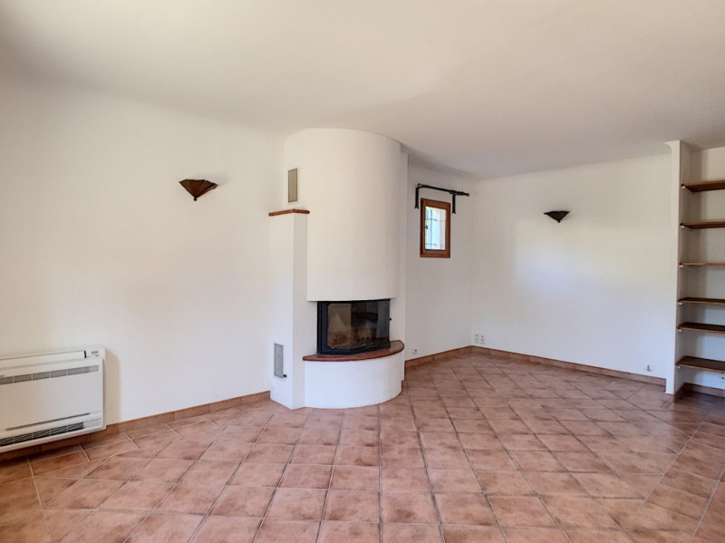 Location maison / villa Villeneuve les avignon 1 600€ CC - Photo 5