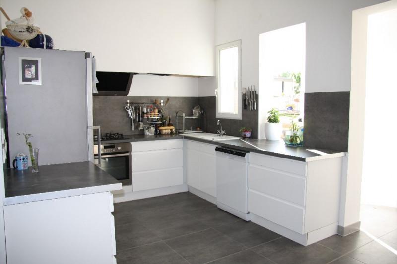 Sale house / villa Lunel 234000€ - Picture 2