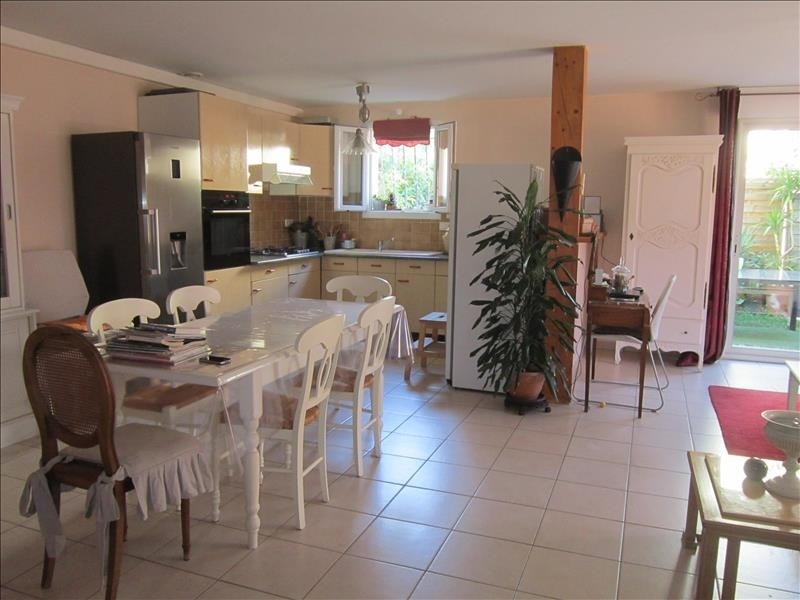 Location maison / villa La creche 610€ CC - Photo 3